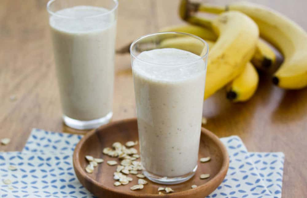 Easy and Tasty Banana Smoothie Without milk for Vegans