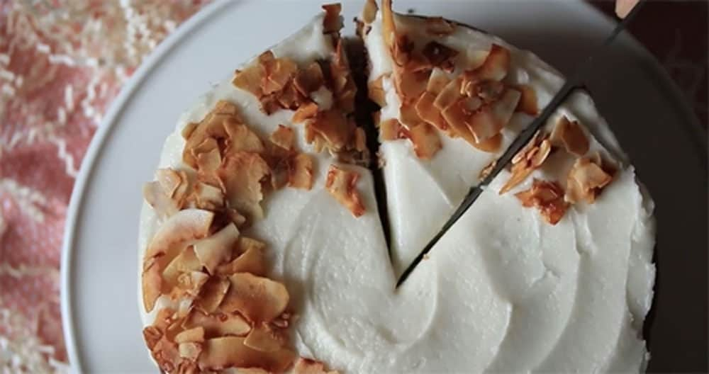 Carrot Cake for Vegans With Vegan Cream Cheese Frosting